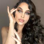 Bloggare Leyla Moaser - Influencer inom mode och skönhet